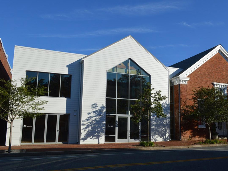 Richard and Virginia Holt Center